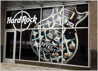 window-graphic-vinyl-lettering